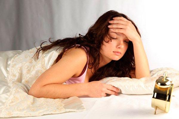 Женская бессонница: причины и особенности