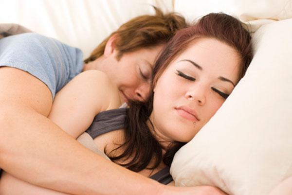 Сонливость и слабость после занятия любовью