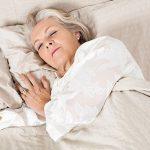 Почему постоянно хочется спать в пожилом возрасте