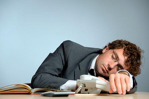 Слабость и сонливость: причины