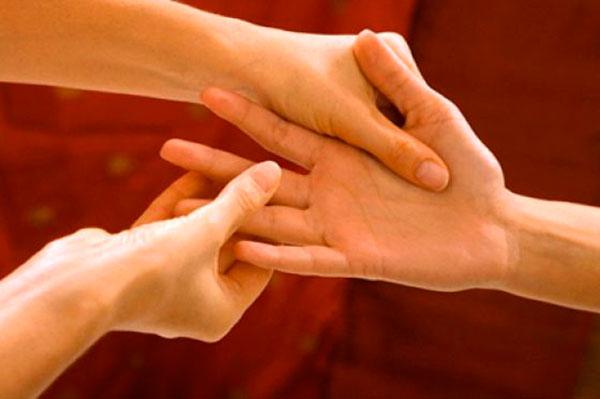 Лечение бессонницы народными средствами, воздействуя на специальные точки