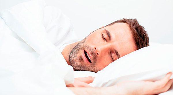 Чем опасно повышенное слюноотделение во время сна