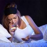 Часто просыпаюсь ночью и плохо сплю: причины и лечение